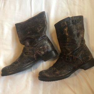 Frye Veronica short boots NWOT